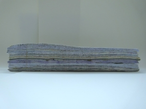 160508 paper stack with gloss surface and gold leaf for web